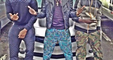 ShowBoy has American Paper- Criss Waddle Rises to his Defence
