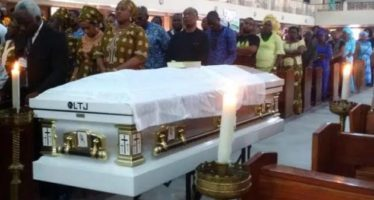 PHOTOS of Former Nigeria Coach Stephen Keshi Being Laid to Rest