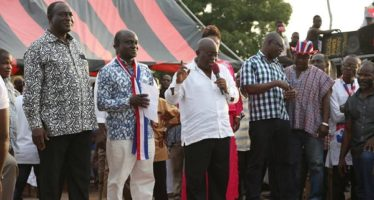 People Of Wenchie And Techiman Go Gay As Nana Addo Storm Their Constituencies