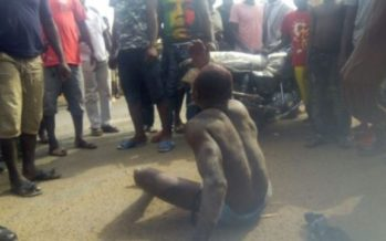 Suspected Motor Thief Escapes Death; Mob Beat Resident For Taking Video